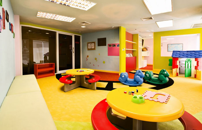 urbana-langsuan-kids-play-area1